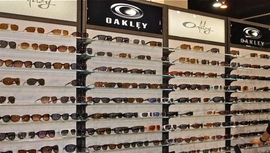 The Oakley display at SIA