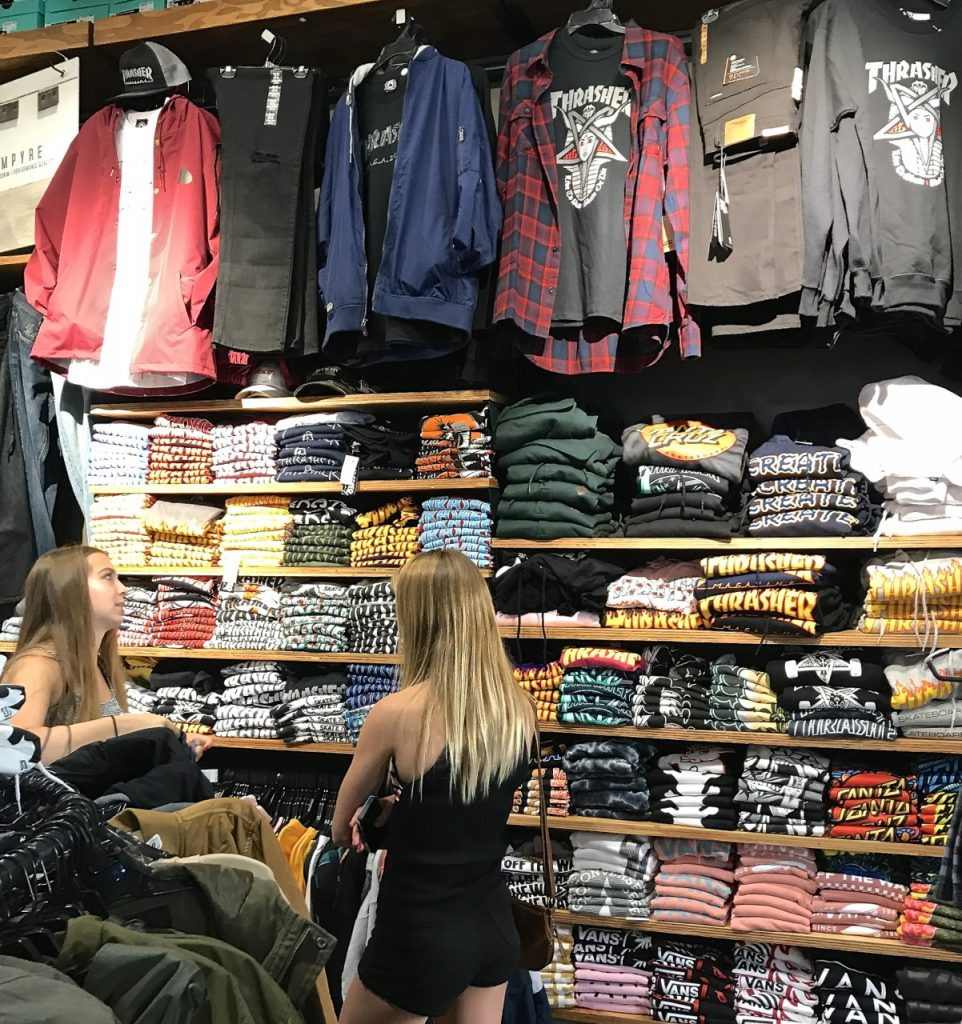 zumiez on fire in q4 and in february shop eat surf